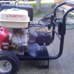 3600 PSI PRESSURE WASHER
